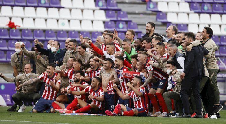 Los jugadores del Atlético de Madrid celebran el título de Liga.