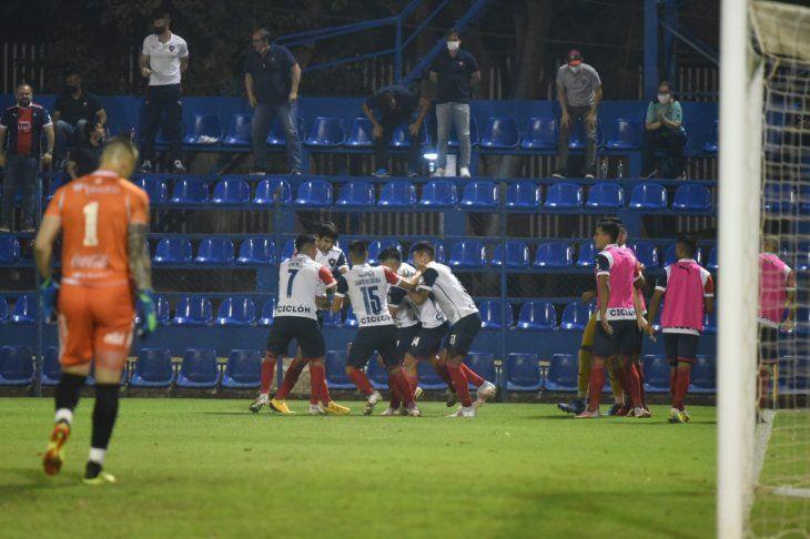 Cerro Porteño venció a Sol de América.