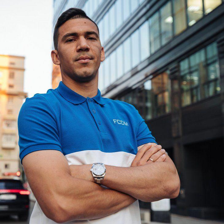 Fabián Balbuena y una simpática presentación con el Dynamo.