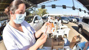 A partir de las 7.00, los centros de vacunación de todo el país iniciarán la aplicación de dosis contra el coronavirus a las personas de 35 años cumplidos en adelante.