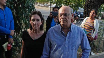 Denuncian malas prácticas contra opositores encarcelados