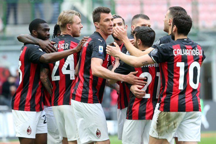 El Milan se impuso al Génova por 2-1