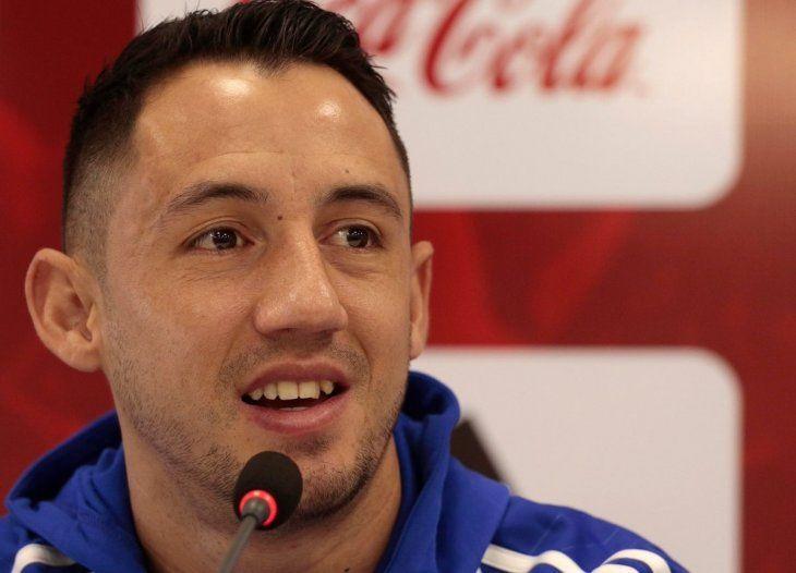 Iván Piris durante una conferencia de prensa.