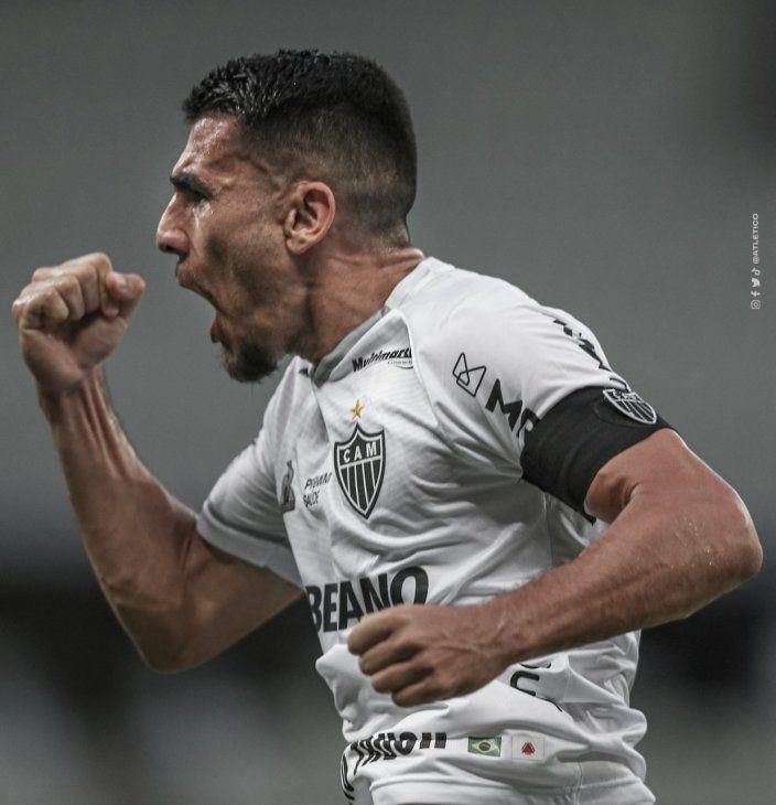 Junior Alonso hizo uno de los goles del Atlético Mineiro.