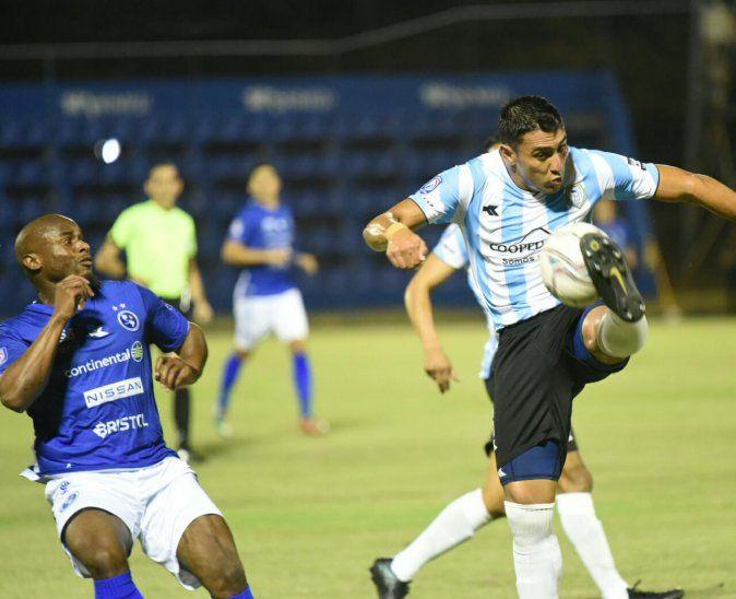 Sol de América y Guaireña empataron sin goles.