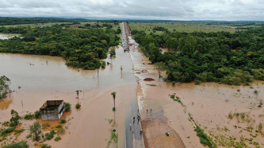 Temporal deja inundaciones en varias zonas del país