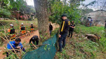 El predio allanado en busca de Dahiana Espinoza está ubicado a 250 metros del lugar donde vivía la víctima con su pareja. El procedimiento fue realizado con la Policía Nacional y la Unidad Canina sin Fronteras y bomberos voluntarios.