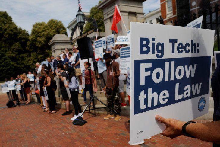 Protesta. Piden que tecnológicas sigan las leyes.