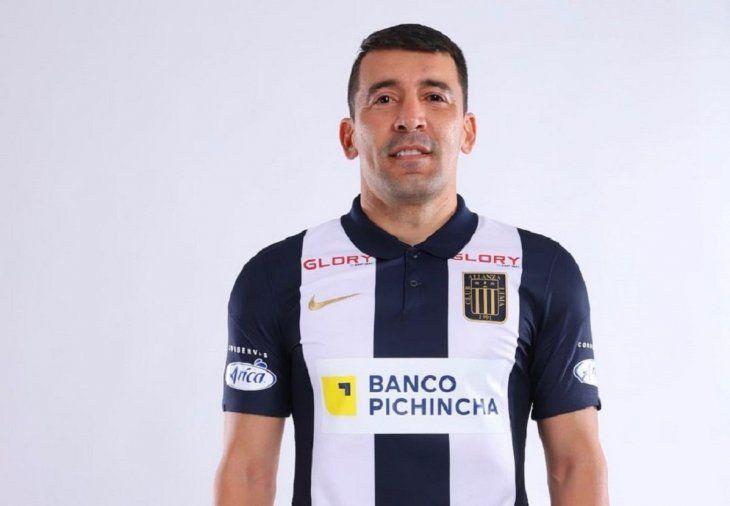Edgar Benítez es el nuevo jugador del club peruano Alianza Lima.