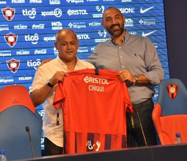 Presentación de Francisco Arce como nuevo entrenador de Cerro.