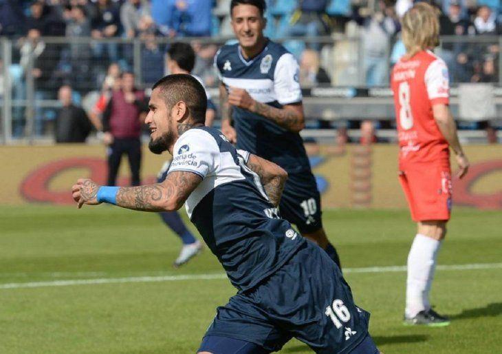 Víctor Ayala es nuevo jugador de Sol de América.