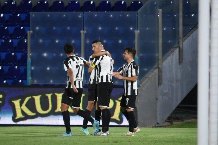 Rubén Di Tore confía en la remontada de Libertad en el Clausura.