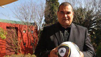 Alejandro Domínguez, a través de su representante legal, querelló a José Luis Chilavert el año pasado por calumnia, difamación e injuria, dados los constantes ataques públicos que se dieron principalmente vía redes sociales.