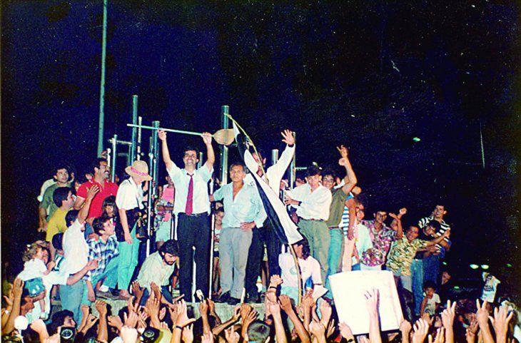 Histórico. Victoria de Carlos Filizzola como intendente de Asunción en 1991. El inicio de un proceso que en treinta años dejó más sinsabores que logros ciudadanos.