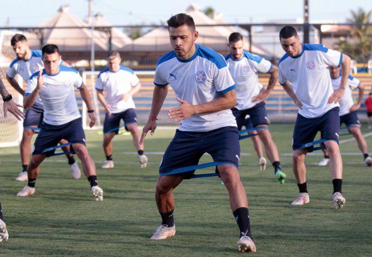 Jugadores de Paraguay durante un entrenamiento.