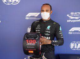 El líder del Mundial y siete veces campeón, el británico Lewis Hamilton (Mercedes), logró este sábado la pole position 100 en el Gran Premio de España de Fórmula Uno.
