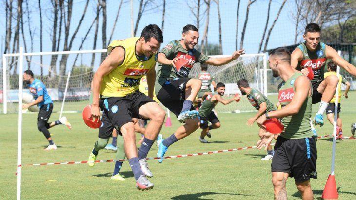 Jugadores del Napoli en un entrenamiento.