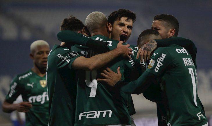 Palmeiras triunfó de visitante.