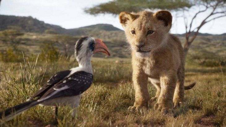 El Rey León hace todas las cosas que hace una película clásica de Disney: tiene pérdida
