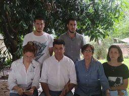 El presidente del Partido Liberal Radical Auténtico (PLRA), Efraín Alegre, brindó en la tarde de este jueves una conferencia de prensa en compañía de su familia.