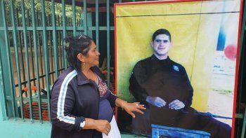 Doña Obdulia Florenciano informó que su hijo Jacinto Morínigo Florenciano, de 22 años, es militar, integrante de la Fuerza de Tarea Conjunta (FTC) y que estaba de guardia en la estancia La Yeya, zona donde se registró el atentando en horas de la tarde de este jueves.