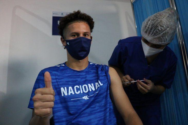 Carlos Espínola