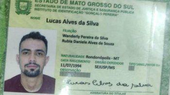 El fallecido fue identificado como Lucas Alves da Silva, de nacionalidad brasileña, de 28 años, quien fue atacado a tiros por sicarios en la noche de este domingo, en la ciudad de Ponta Porã, en el Brasil.