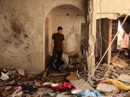 El conflicto deja destrucción y dolor. Eyad Saleha, un palestino discapacitado de 33 años, esperaba su almuerzo este miércoles cuando un misil cayó sobre su casa en Gaza, matándolo a él, su esposa embarazada y su hija de tres años.
