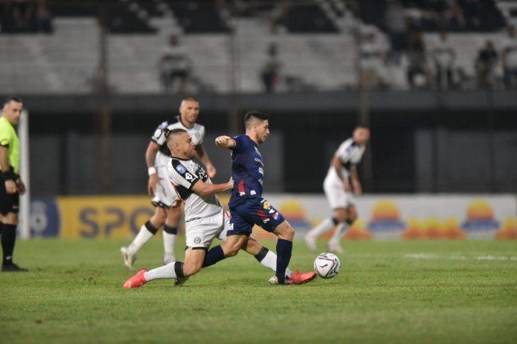 Olimpia sigue en baja en el torneo Clausura.