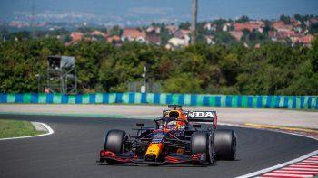 Max Verstappen, líder del Mundial de F1, dominó este viernes el primer entrenamiento libre para el Gran Premio de Hungría, que se correrá el domingo 1 de agosto.
