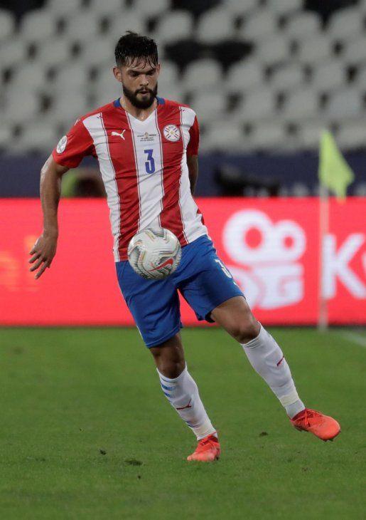El Valencia y el Hertha Berlín cerraron un principio de acuerdo por la cesión de Omar Alderete.