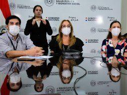 El doctor Guillermo Sequera, director de Vigilancia de la Salud, y las doctoras Carolina Aquino y Cintia Vázquez realizaron una conferencia de prensa en la tarde de este jueves.