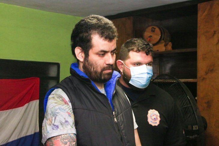 Los agentes detuvieron a David Steven Espínola Álvarez