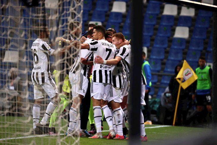 Juventus venció a Atalanta.