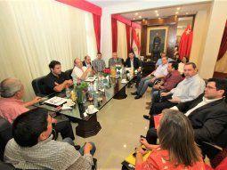 Este lunes se reunió la Comisión Ejecutiva de la ANR, pero no sentaron postura sobre la Operación Patrón, que involucra al ex presidente Horacio Cartes.