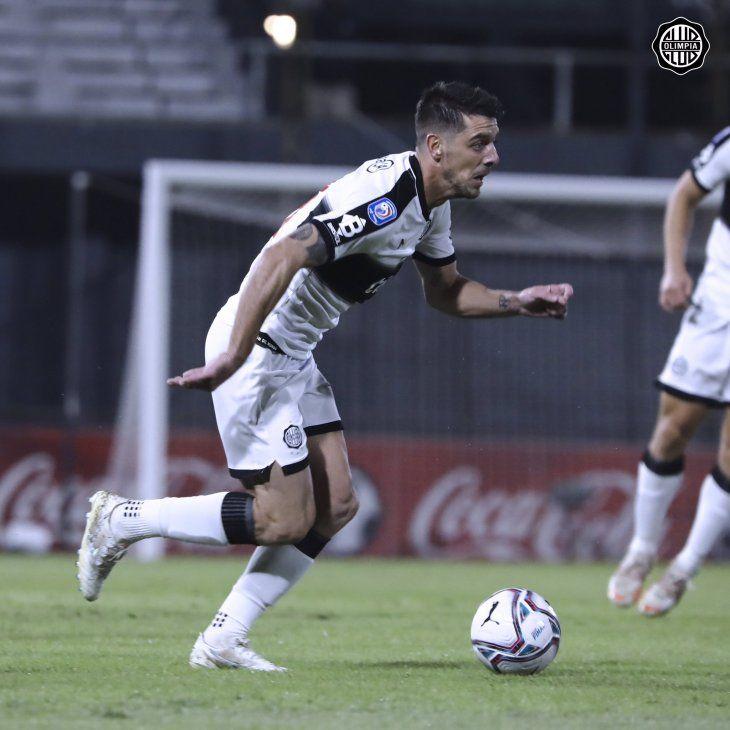 Alejandro Silva vuelve en Olimpia.