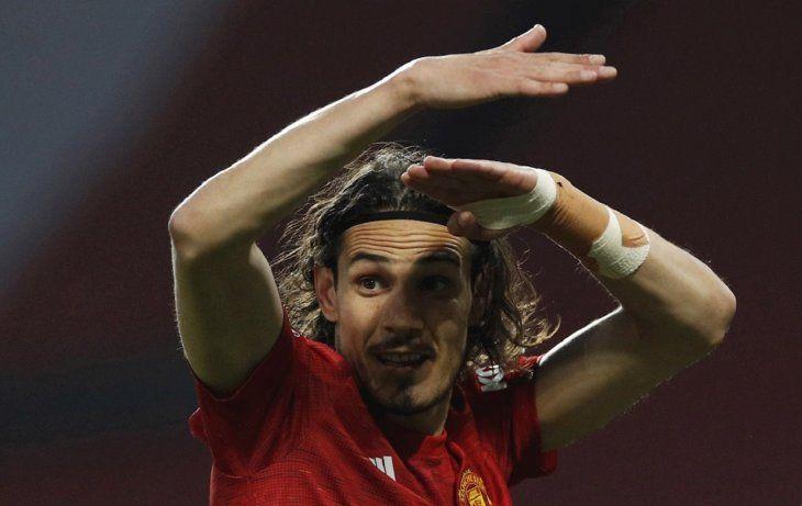 Edinson Cavani celebra un gol del United.