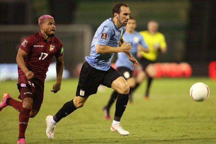 Uruguay empató de visitante con Venezuela.