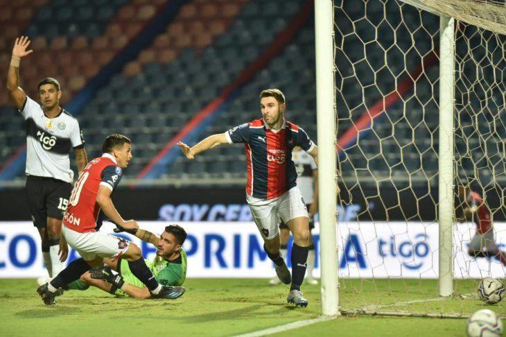 Cerro Porteño venció a Olimpia en barrio Obrero.