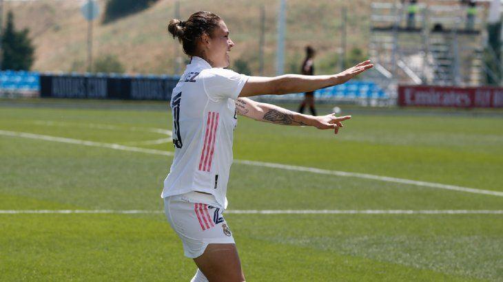 Jessica Martínez celebra un gol del Real Madrid.