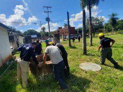 El primer operativo se realizó en un local de eventos denominado   Cambuchi, ubicado a una cuadra de la ruta PY01, en la ciudad de Itá, en  donde bomberos voluntarios inspeccionaron un pozo de agua.