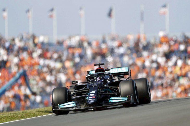 Hamilton fue el más veloz en los ensayos.