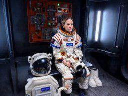 Hilary Swank es la protagonista de este drama familiar que cuenta la  historia de la astronauta americana Emma Green mientras se prepara para  liderar la primera misión a Marte.