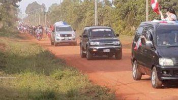 Pobladores de la localidad de General Delgado, Departamento de Itapúa, realizaron una multitudinaria caravana exigiendo el asfaltado de un tramo de 10 kilómetros.