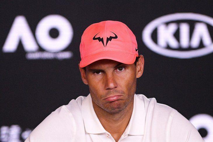 Rafael Nadal habla en conferencia de prensa.