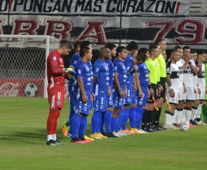 Sol de América decidió rescindir con Pablo Meza.