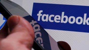 Facebook decidió dar mayor flexibilidad a sus empleados y ofrecerá a la mayoría de ellos la opción de trabajar de forma remota desde sus casas una vez pase la pandemia.