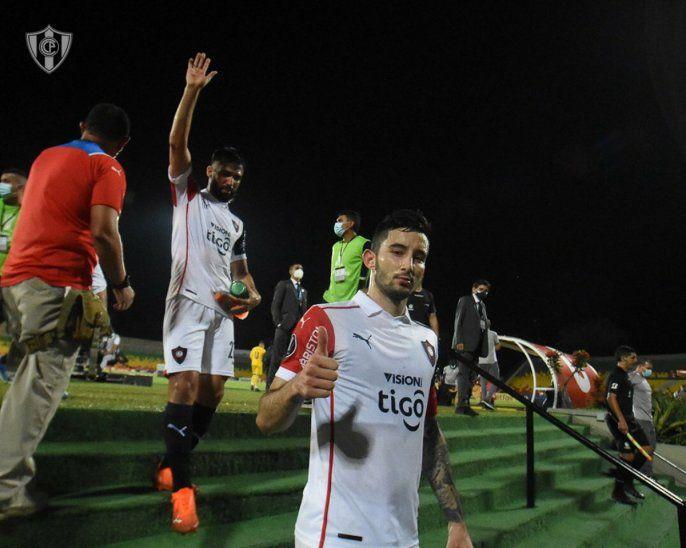Cerro Porteño recibe a Deportivo La Guaira en La Nueva Olla.