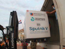 En reserva. Las 107.000 vacunas que llegarán al país en la fecha, de la plataforma Sputnik V, serán puestas en cuarentena hasta que sean enviados todos los documentos.