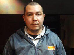 Juan Cecilio López Arzamendia, paraguayo, de 35 años, funcionario de la empresa Longport, fue detenido en el área de plataforma, manga 3, del Aeropuerto Internacional Silvio Pettirossi, en la medianoche de este jueves.